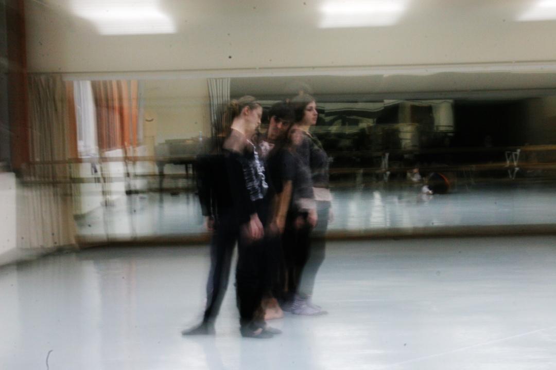 Workshop de teatru-dans cu Anna Wehsarg